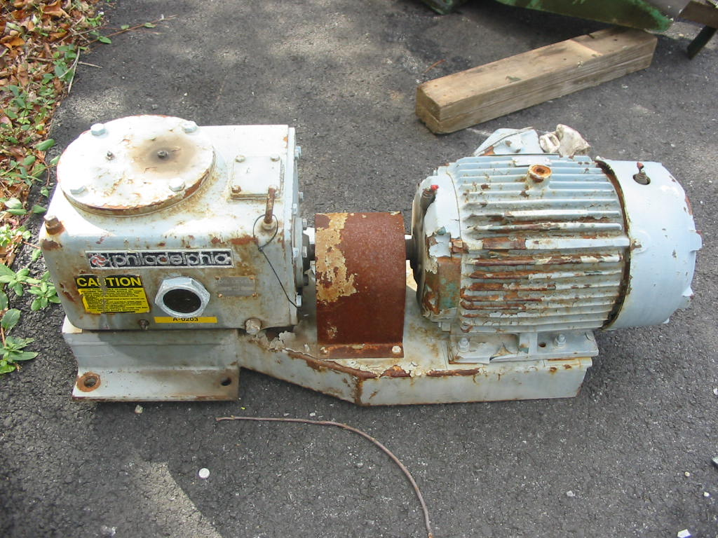 5 Hp Philadelphia, Model 3801SPTO, with shaft and blades