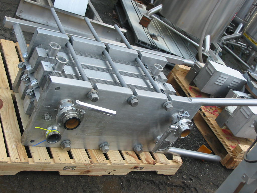 97 sq.ft APV Plate Type Heat Exchanger, Sanitary Stainless Steel