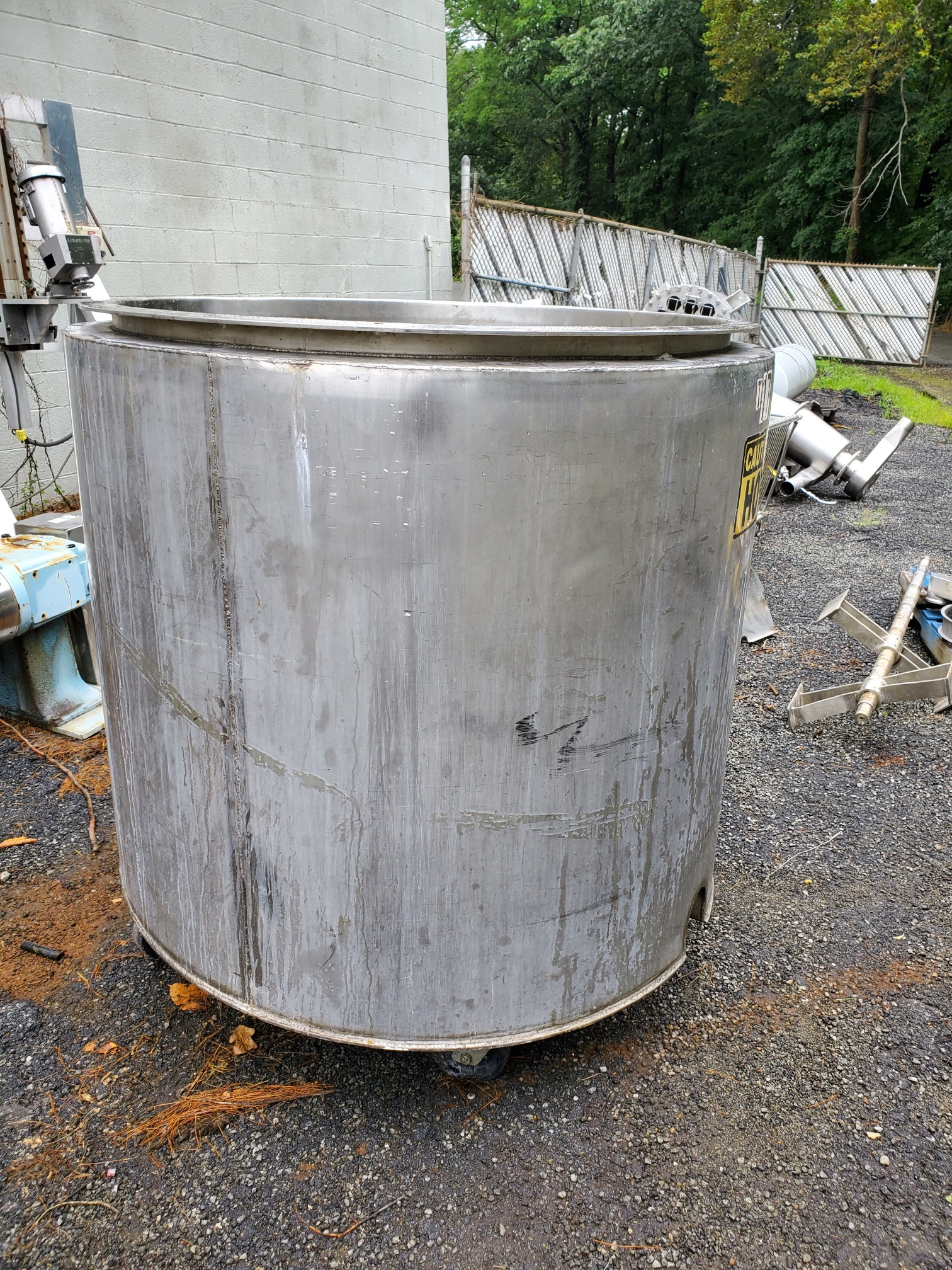300 Gallon Vertical Jacketed Tank, Sanitary Stainless Steel